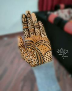 Mehndi Art, Henna Mehndi, Henna Art, Mehndi Designs For Fingers, Latest Mehndi Designs, Fitness Fashion, Women's Fashion, Mahendi Design, Mehndi Design Pictures