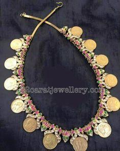 Kasu Necklace with lotus Flowers