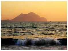 Waves on Aigiali beach / Amorgos island