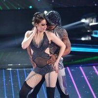 Sophia Abrahão arrasa no funk ao som de 'Essa é a Hora' da Mc Marcelly - Globo.com