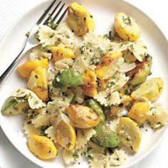 Pasta with Minted Pattypan Squash : used fresh mint from my herb garden, turned out delicious-also added some zucchini. Veggie Recipes, Pasta Recipes, Vegetarian Recipes, Cooking Recipes, Healthy Recipes, Healthy Meals, Yummy Recipes, Salad Recipes, Dinner Recipes
