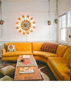 Best Retro home decor ideas - Amazing to creative information. retro home decor ideas living spaces wonderful suggestion number 3976363404 shared on this day 20190521 My Living Room, Home And Living, Living Room Decor, Clean Living, Indie Living Room, 1970s Living Room, Retro Living Rooms, Modern Living, Living Spaces