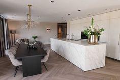 Küchen Design, House Design, House Extension Plans, Front Room Decor, Modern Kitchen Interiors, Pantry Design, Interior Decorating, Interior Design, Home And Living