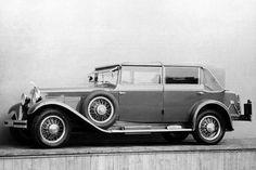 Popularity Of Vintage Posters - Popular Vintage Vintage Shoes, Vintage Cars, Antique Cars, Vintage Ideas, Car Tuning, Limousine, Old Models, Car Brands, Dieselpunk