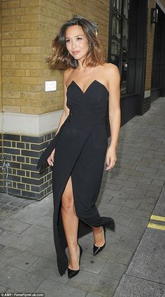 And action! Myleene Klass channels Hollywood glamour as she shows off her assets in strapless thigh-split gown to attend movie screening Celebrity Look, Celebrity Dresses, Irish Girls, Sexy Legs And Heels, Stunning Dresses, Hollywood Glamour, Beautiful Celebrities, Spring Summer Fashion, Dress To Impress