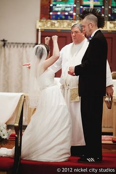 Yes, I woo'd in the middle of the service :) by mgglelover, via Flickr