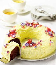 Dessert recipes: Chocolate Flower wreath.