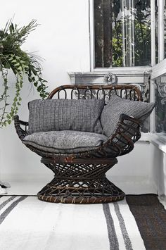 "{home decor collection by ""Reflejos de mi tierra""} Cozy and Warm Home Textile // Уютен и топъл текстил за дома Wicker Furniture, Furniture Design, Wicker Armchair, Deco Boheme, Brainstorm, Jacuzzi, Cozy House, Home Textile, My Dream Home"
