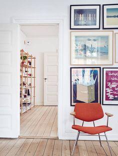 Soak up the Scandi Style at a Pastel-Hued Østerbro Pad - Condomínios para Alugar em Copenhagen , Denmark, Dinamarca Living Room Inspiration, Interior Inspiration, Interior And Exterior, Interior Design, Interior Styling, Hallway Decorating, House Colors, Beautiful, Sweet Home