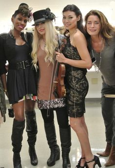 So I know #Orianthi, #NikWest, & #AnnMarieCalhoun from the group shot....
