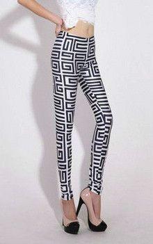 Labyrinth Print Leggings