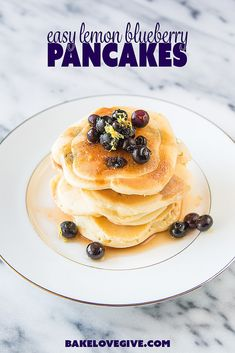 Make a gourmet brakfast in minutes with these Easy Lemon Blueberry Pancakes