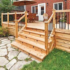 Pour fabriquer un escalier de jardin, il est possible d'utiliser des limons prédécoupés que l'on trouve en quincaillerie. Cependant, pour plus de possibilités quant à la taille et à la hauteur des marches, voici comment le réaliser vous-même. Avant de commencer, assurez-vous que vos limons reposeront sur un terrain bien compacté et bien drainé. Les limons doivent reposer sur des dalles de pierre ou de béton. Si votre sol est trop meuble, vous devrez couler une dalle de béton.