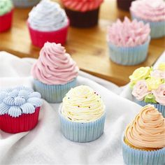 the best 35PCS Russia Icing Piping Nozzles tulip Rose flowers Pastry Tips Cupcake maker Cake Decorating DIY dessert baking tools
