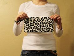 Clutch wristlet leopard print with zipper closure by amourlily