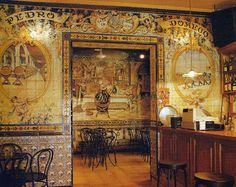 Taberna Los Gabrieles Built in 1836 this singular bar has all the walls covered with fine tiles. Calle Echegaray. Madrid.