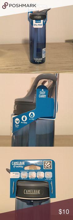 CAMELBAK eddy Spill Proof 20 oz water bottle BNWT. Navy color. Spill proof bite valve that flips still in plastic. Easy carry handle. BPA free. 20 oz. CAMELBAK Other