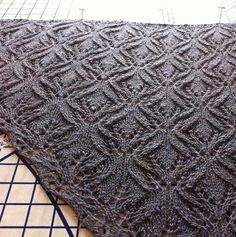 Angela Hahn: Altocumulus knitted shawl pattern