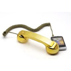 Now you can get that radiation away from your ear & look absolutely fabulous at the same time with this shiny gold luxurious soft touch handset. Real Phone, Old Phone, Gifts For Your Boyfriend, Gifts For Him, Cool Gifts, Precious Metals, Blackberry, Smartphone, Old Things