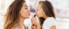 Notícias ao Minuto - Os perigos que corre quando partilha produtos de beleza