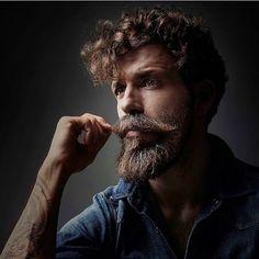 @alejandro.d.gil #beautifulbeard