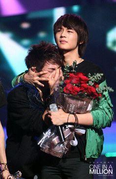 so cute jonghyun oppa Kpop, Cute Happy Birthday, Choi Min Ho, Shinee Jonghyun, Kim Kibum, Flower Boys, Now And Forever, One In A Million, Boy Bands