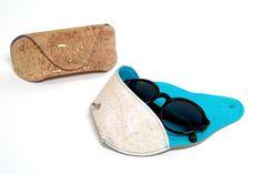 Ein edles Brillenetui aus Korkstoff, Kunstleder oder Snappap selber nähen - mit Schnittmuster Freebie und Anleitung | Tolle Geschenkidee!