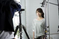 【CMメイキング】有村架純の笑顔にスタッフもメロメロ… ▼18Apr2014オリコン|【動画】有村架純、ペンキ塗りで失恋払拭 http://www.oricon.co.jp/news/video/2036508/full/ #Kasumi_Arimura #Arimura_Kasumi