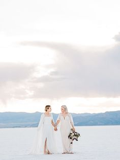 This Salt Flats elopement is complete with ethereal wedding fashion, sunset portraits, and a small cake perfect for two. | Heather Anderson Photography Wedding Blog, Boho Wedding, Wedding Styles, Destination Wedding, Wedding Day, Elopement Inspiration, Wedding Locations, Wedding Venues, Elopement Party