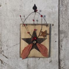Primitive Country Star, Star with Pip Berries, Painted Star, Country Star, Primitive Decor, Country Decor, Rustic Decor by FlatHillGoods on Etsy