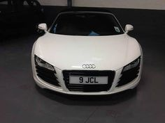 2011 Audi R8 4.2 Spyder V8 Quattro AS NEW with only 2800 miles with great finance options
