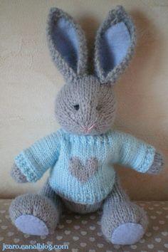 Doudou lapin gris petit frère de Escrapbouillette's boutique sur DaWanda.com