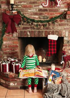 Staying home for the holidays? This bright Christmas Fireplace is the perfect spot for reading Christmas stories and waiting for Santa. Christmas Mini Sessions, Christmas Minis, Plaid Christmas, A Christmas Story, Christmas 2014, Christmas Tree, Diy Christmas Fireplace, Fireplace Set, Family Christmas Pictures