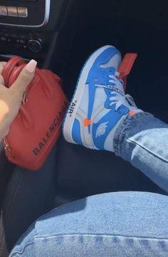 Nike Air Jordan Retro, Shoe Game, Cute Shoes, Girls Shoes, Espadrilles, Kicks, Converse, Cute Outfits, Sneakers Nike