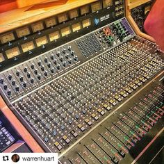 Lovely #Repost @warrenhuart with @repostapp Lovely @thisisapiaudio at…