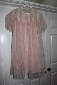 Vintage Night Gown & Robe by FishtailCottage on Etsy, $25.00