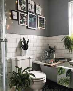 White Bathroom Wall Decor Elegant Gallery Wall Art In the Bathroom Grey and Metro White Tile Gray Bathroom Walls, Gray And White Bathroom, Zen Bathroom, Bathroom Gallery, Bathroom Tile Designs, Bathroom Wall Decor, Grey Walls, Bathroom Flooring, Bathroom Interior Design