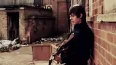 Trouble Town Jake bugg video oficial subtitulada - YouTube