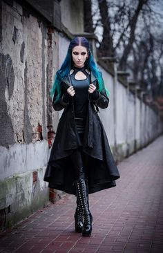 Exhilarating Jewelry And The Darkside Fashionable Gothic Jewelry Ideas. Astonishing Jewelry And The Darkside Fashionable Gothic Jewelry Ideas. Gothic Girls, Hot Goth Girls, Goth Beauty, Dark Beauty, Dark Fashion, Gothic Fashion, Fashion Tips, Style Fashion, Gothic Dress