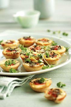 Feta-en-tamatie-quiches | Tomato and feta quiches  #tiny #entertainment #southappies