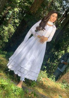 Designer Dresses for Babies Pakistani Formal Dresses, Indian Gowns Dresses, Pakistani Dress Design, Pakistani Outfits, Pakistani Bridal, Indian Wedding Outfits, Indian Outfits, Casual Indian Fashion, Indian Designer Outfits