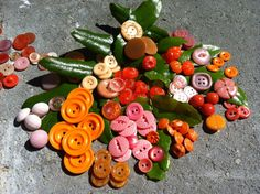 Vintage Plastic Buttons Assorted Vintage Buttons by CodettiSupply, $6.00