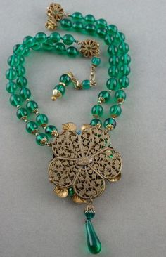 Miriam Haskell necklace 1950s green glass