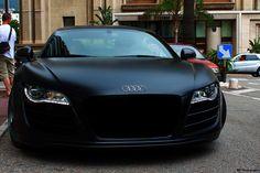 I like the color looks like carbon fiber