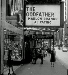 Manhattan, New York - 1973 - The Godfather Premier - Marlon Brando Al Pacino Al Pacino, Marlon Brando, The Godfather, Godfather Series, Old Movies, Great Movies, 1970s Movies, Amazing Movies, Movie Theater