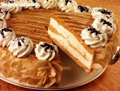 Ζαχαροπλαστική Πanos: Τούρτα μπανόφι Cupcake Recipes, Cupcake Cakes, Banoffee, Greek Recipes, Carrot Cake, Waffles, Sweet Tooth, Bakery, Cheesecake