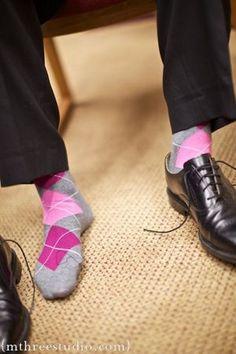 A Gentleman's Guide to Wearing Dress Socks Without Looking Stupid - Tina Adams Wardrobe Consulting Funky Socks, Colorful Socks, My Socks, Cool Socks, Awesome Socks, Happy Socks, Fashion Socks, Mens Fashion, Argyle Socks