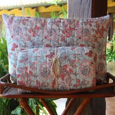 Quilts de 200 hilos. Diseño arabesco acqua. Colección Alanna