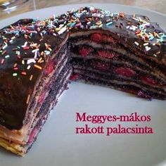 Crepes, Bacon, Muffin, Goodies, Yummy Food, Sweets, Mille Crepe, Poppy, Bing Images
