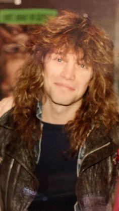 Bon Jovi Always, Shaggy Long Hair, Jon Bon Jovi, Hottest Pic, Most Beautiful Man, Bellisima, Rock And Roll, Hot Guys, Long Hair Styles